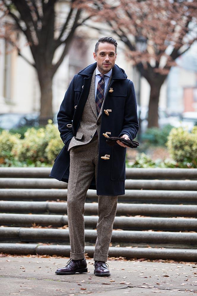 Αρχικά το παλτό δημιούργησε η βρετανική εταιρεία Gloverall 3d0c05a18ec